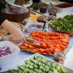 Food buffer of fresh salads and vegetables